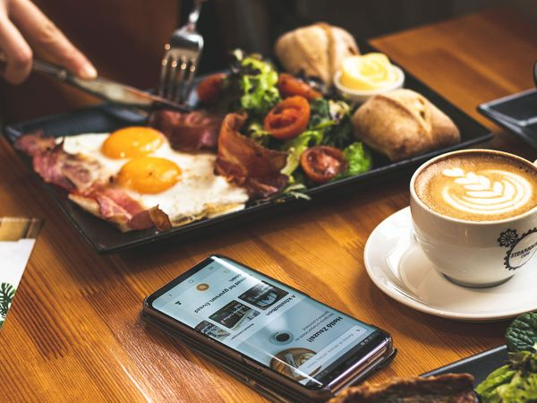 Top 5 Food Delivering Apps in the UK